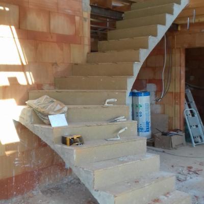 Escalier quart tournant voûtes sarazines 34 Lodève