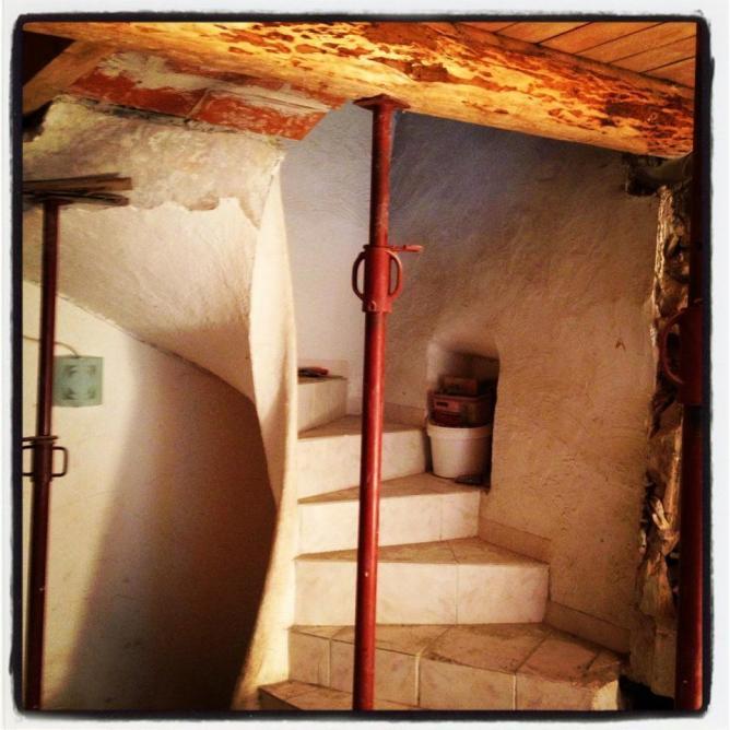Raccord de l'ancien escalier et de la nouvelle dalle